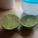 Frische Limetten geben der Mayonnaise ihren unverwechselbaren Geschmack