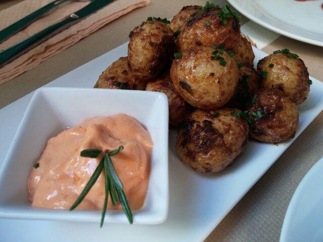 Patatas del horno - sehr aromatische kleine Kartoffeln