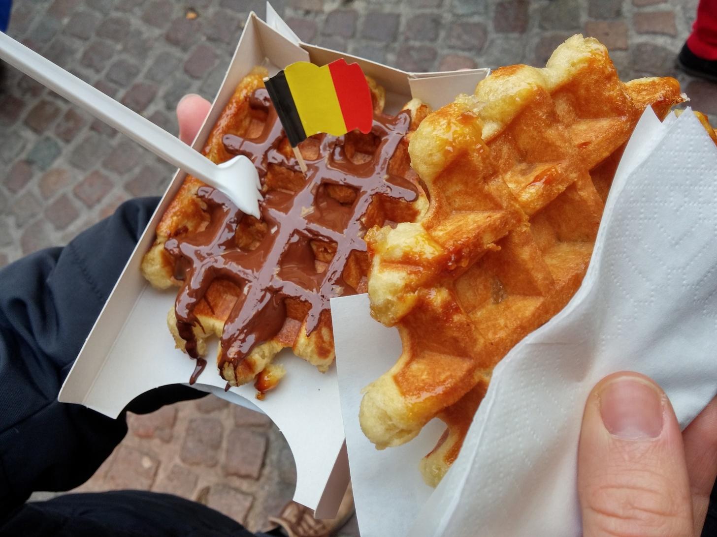 Brüsseler Waffeln mit karamelisiertem Zucker