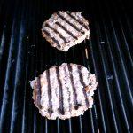 Die Burger-Pattys für den Country Burger