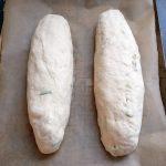 Ich forme daraus zwei einzelne Brote