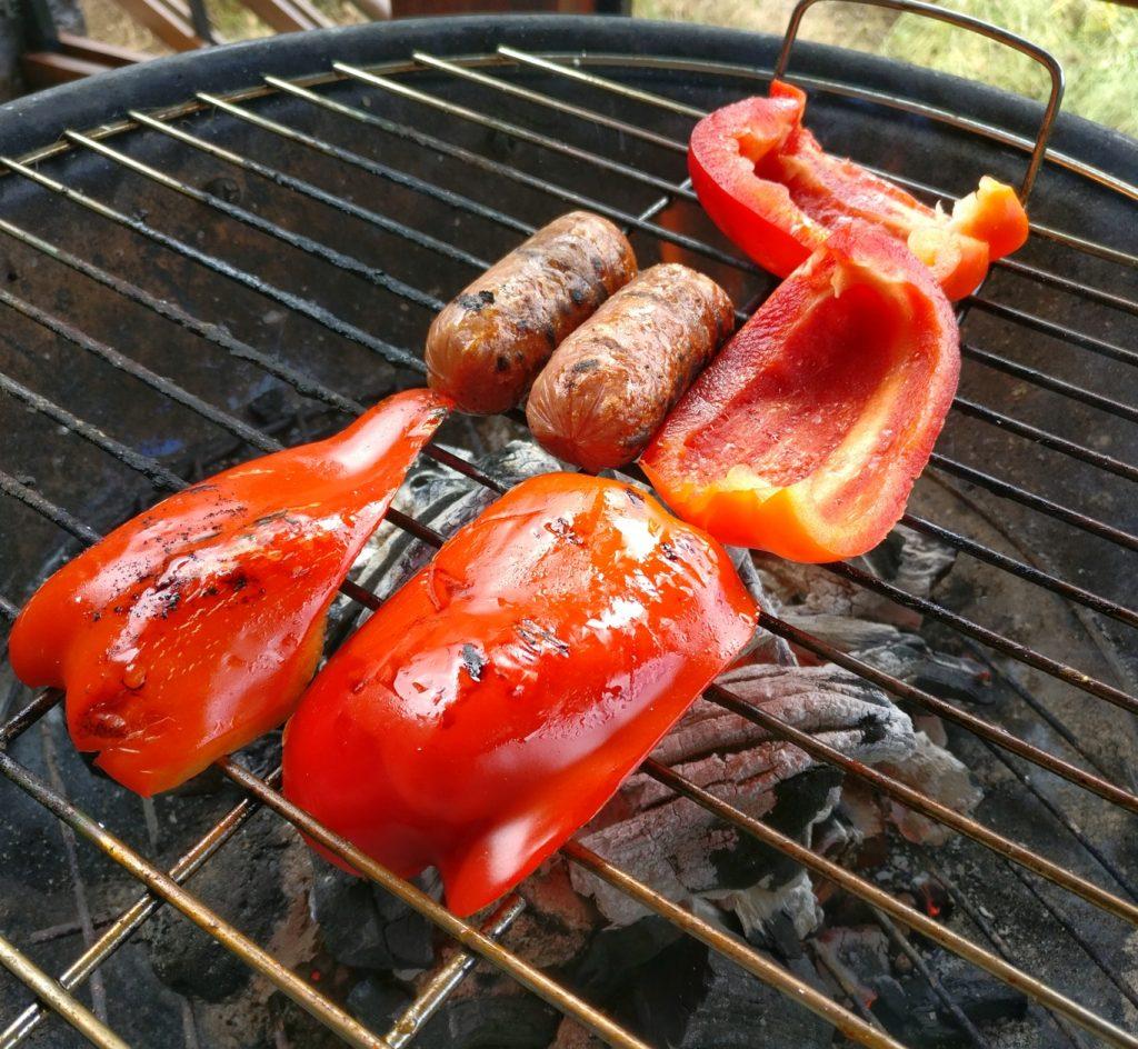 Gegrillte Paprika und Chorizo vom Holzkohlegrill
