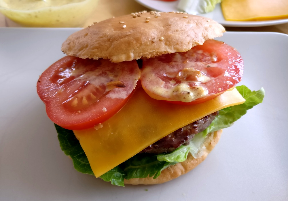 Wirklich lecker, dieser Burger mit Bacconaise
