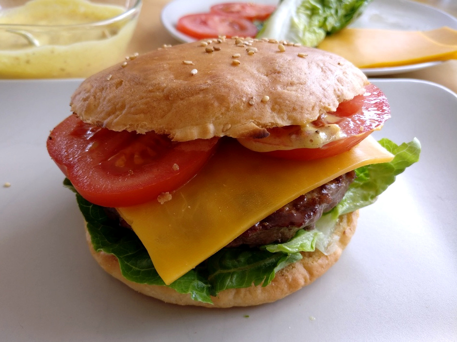 Classic Burger mit Bacconaise