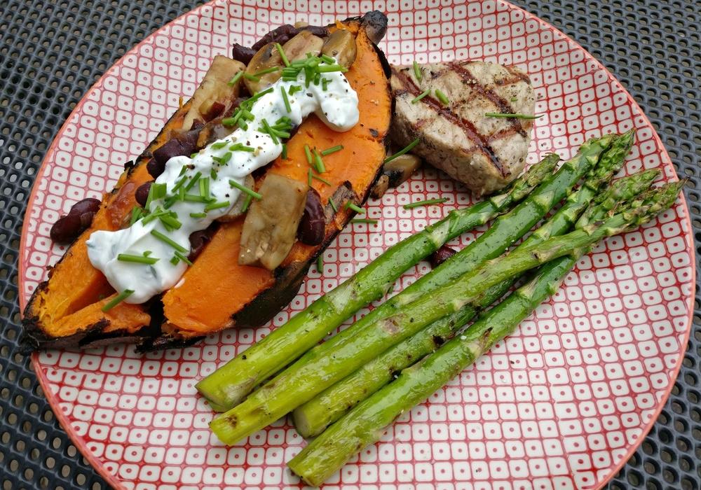 Grüner Rost gefüllte süßkartoffel mit schweinefilet arne grillt de leckere