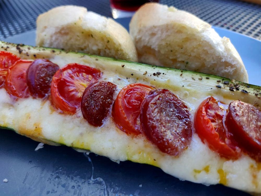 Leckere Zucchini-Schiffchen