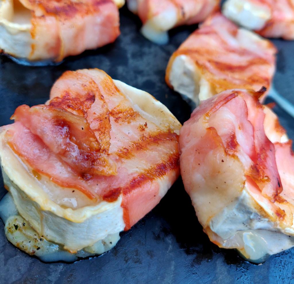 Herzhafte und leckere Bacon-Ziegenkäse-Taler